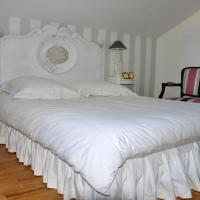 Hotel Pictures: La Maison de Bois Marie, Atur