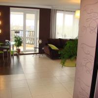 Hotellbilder: Квартира на Жукова,144, Omsk