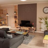 Hotelbilleder: Helle 70qm Souterrain Wohnung, Buchholz in der Nordheide