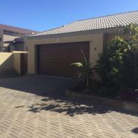 Hotellikuvia: 3 Bedroom self catering apartment, Walvis Bay
