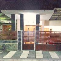 Hotel Pictures: Homestay Syariah Grahadi, Malang