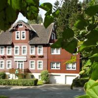 Hotelbilleder: Harzhaus-am-Brunnen-Ferienwohnung-1, Altenau