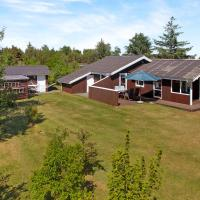 Hotel Pictures: Holiday Home on a large plot in Sæby Mikkelstien 098819, Sæby