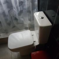 Hotel Pictures: Georgina Benewaa Memorial Guesthouse, Abirem