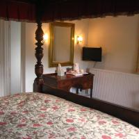 Superior Double Room with Four Poster Bed & Countryside View