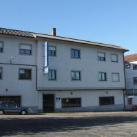 Hotel Pictures: Pensión Residencia Pividal, Picaraña