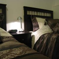 Hotel Pictures: Yellowknife Polar Suite, Yellowknife