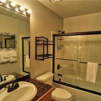 Foto Hotel: Comfortable 3 Bedroom - 756 Broken Lance Dr #A, Breckenridge