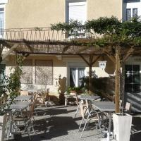 Hotel Pictures: Auberge Campagnarde, Poueyferré