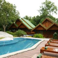 Superior Bungalow with Pool View