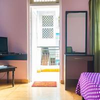 Hotel Pictures: Candolim Paradise Studio Apartment, Candolim