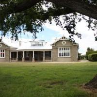 Hotel Pictures: Brambletye Lodge, Conara Junction