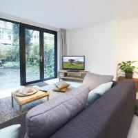 One-Bedroom Apartment with Garden