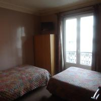 Triple Room (1 double bed & 1 single bed)