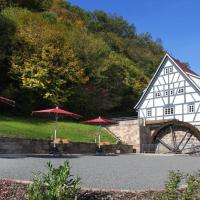 Hotelbilleder: Baumhaushotel Seemühle, Gräfendorf