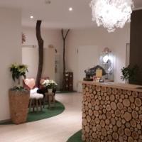 Hotel Pictures: Hotel-Restaurant Sonnenhof, Veitsrodt