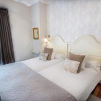 Hotel Pictures: Cuatro Caminos Rooms, Torrelavega