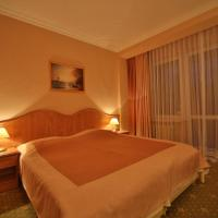 Classic Double or Twin Room with Christmas Package