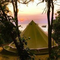 Foto Hotel: Robinson Bungalows, Koh Rong Sanloem