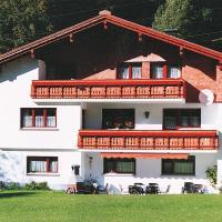 Foto Hotel: Ferienhaus in Klösterle A 080.004, Klösterle am Arlberg