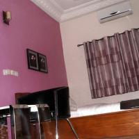Фотографии отеля: Beautiful Gate Residence & Suite, Котону