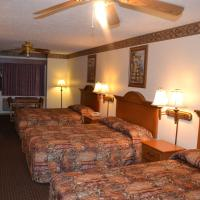 Queen Suite with Three Queen Beds