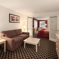 Upgraded Queen Room with Two Queen Beds and Kitchenette - Non-Smoking