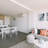 Fotos del hotel: Penthouse Apartment + Rooftop Courtyard + Bay View, Cheltenham