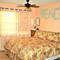 Hotel Pictures: 37 Tropic Terrace Studio on the Gulf Condo, St Pete Beach
