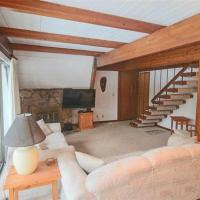 Hotellbilder: Hare Lane 3 - Three Bedroom Cabin, Sunriver