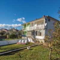 Zdjęcia hotelu: Three-Bedroom Holiday Home in Krk, Krk
