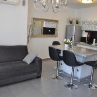 Fotos do Hotel: Isra Home Rothschild 8-3 Apartment, Bat Yam