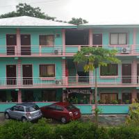 Hotel Pictures: LEHNS Hotel & Apartments, Koror
