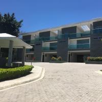 Hotel Pictures: Las Yagrumas Condo Escazu, Escazú