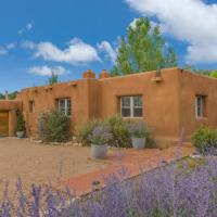 Hotel Pictures: 3 Bedroom - Secluded Mountain Views - Canyon River, Santa Fe