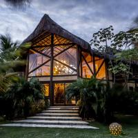 Hotel Pictures: Udexere Eco House, Santa Cruz Cabrália