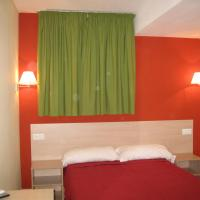 Hotel Pictures: Hostal Ducal II, Gandía