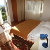 Foto Hotel: Apartment Jelsa 584a, Jelsa
