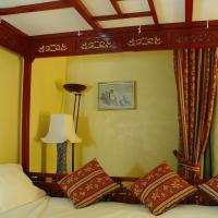 Double Room Baldaquin
