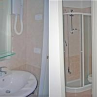 Single Room with Private External Bathroom