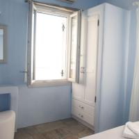 One-Bedroom Apartment with Sea View (4 Adults)