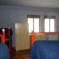 Bunk Bed in 8-Bed Dormitory Room
