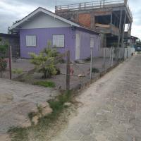 Hotel Pictures: Casa Ponta do Papagaio frente pro Mar, Palhoça