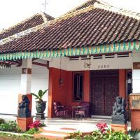 Zdjęcia hotelu: Ndalem Kilen Homestay, Malang