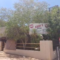 Hotellikuvia: Ernis B & B, Gobabis