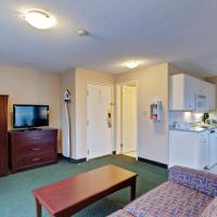 Junior Suite with with Two Queen Beds and Kitchenette