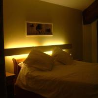 Hotel Pictures: Real South Apartments, Salles-d'Aude