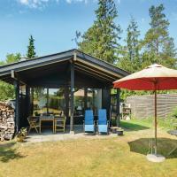 Hotelbilleder: Holiday Home Idestrup with Fireplace I, Bøtø