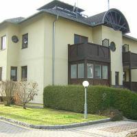 Hotel Pictures: Kandolf Apartments Landskron, Villach