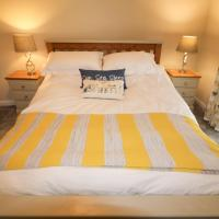 Hotel Pictures: 1 Chatsworth House, Tenby